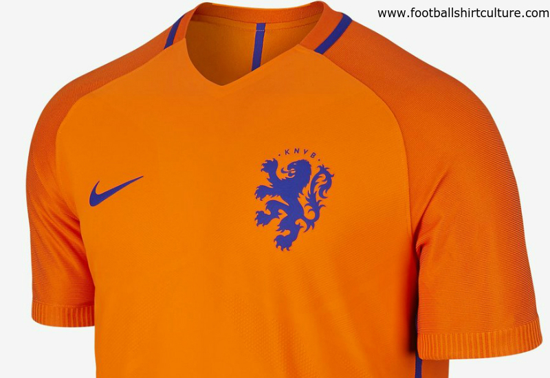 Holland Home Nike Football Shirt (Kids