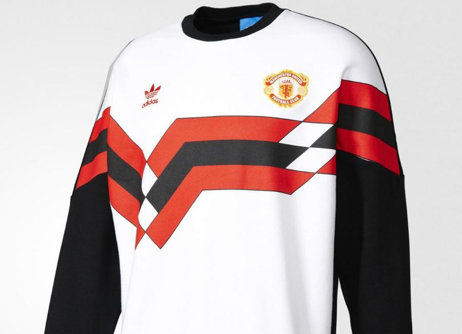 49ff2fdd28d Adidas Originals Manchester United FC 1988 Crew Sweatshirt - Black / White