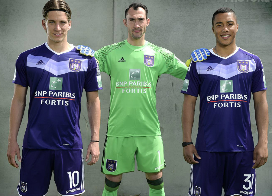 RSC Anderlecht 2016-17 Home Kit Photoshoot - Behind the Scenes