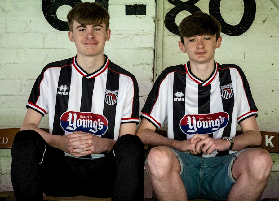 Grimsby Town 2018-19 Errea Home Kit