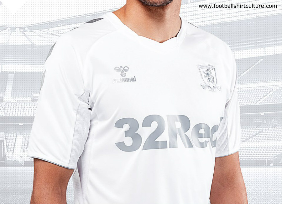 Middlesbrough 2018-19 Hummel Third Kit