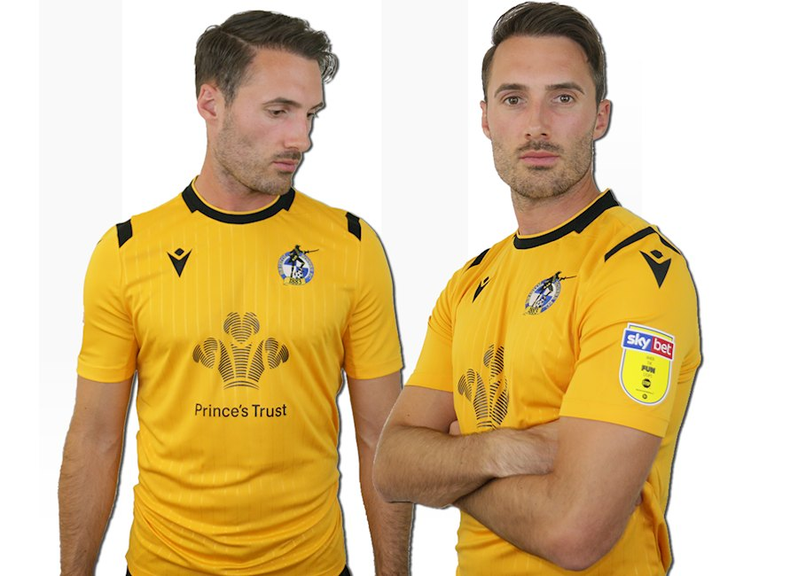 Bristol Rovers 2019-20 Macron Third Kit #BristolRovers #footballshirt