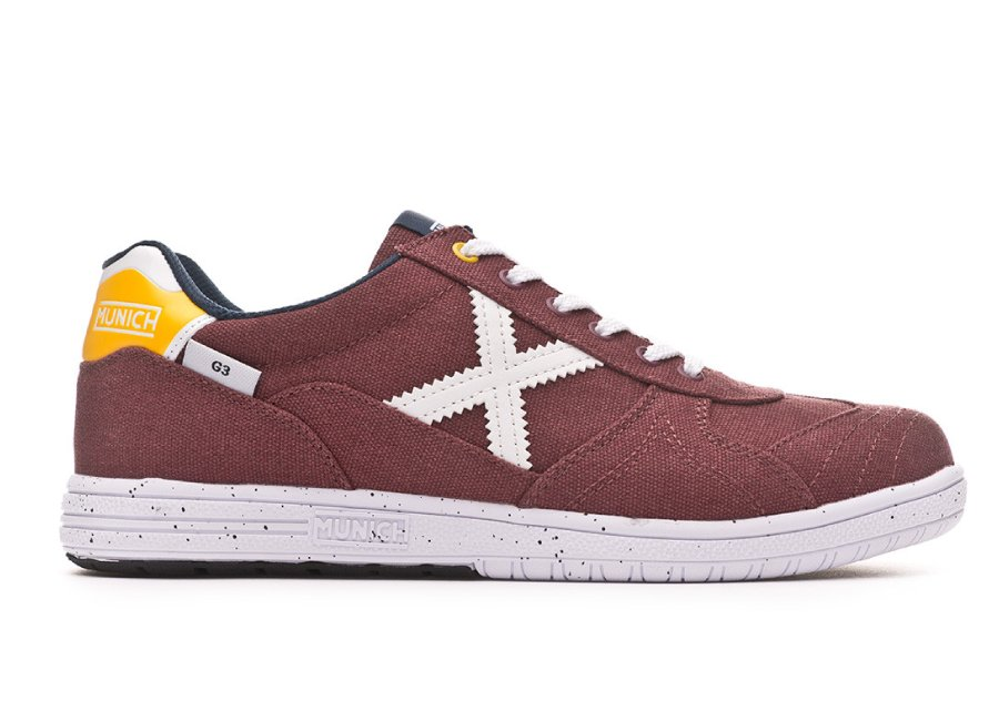 Munich G3 Canvas - Maroon #futsal
