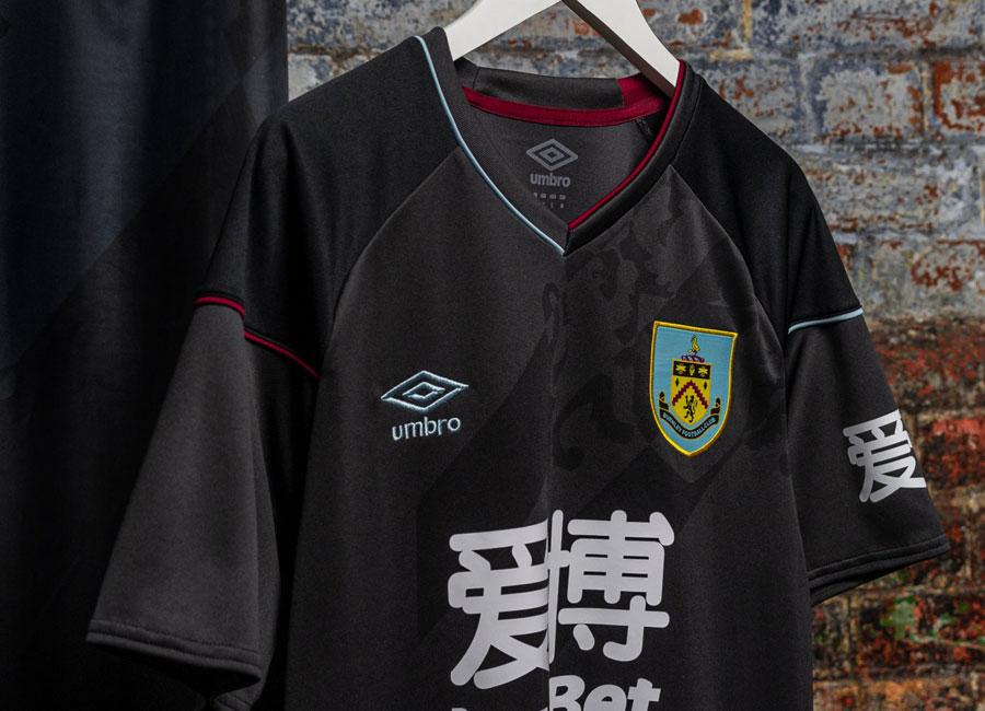 Burnley 2020-21 Umbro Away Kit | 20/21 Kits | Football ...