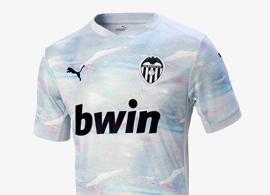 http://www.footballshirtculture.com/images/2020/valencia_2020_2021_third_kit.jpg