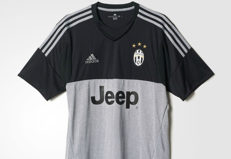 timeless design e0cf3 2f50b Adidas Juventus 15/16 Goalkeeper Jersey - Black / Grey ...