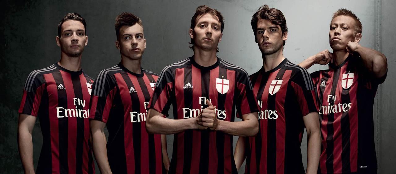[Imagen: ac-milan-2015-2016-adidas-home-football-shirt-g.jpg]