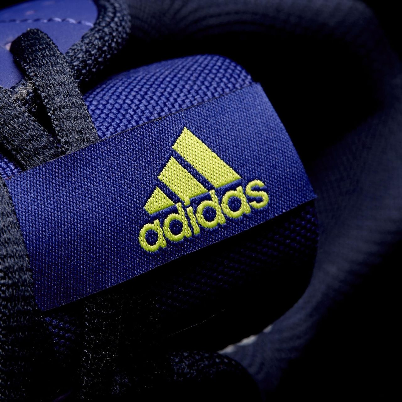 f3bd9fce6cf6 ... Click to enlarge image adidas-freefootball-janeirinha-sala-shoes-amazon-  ...