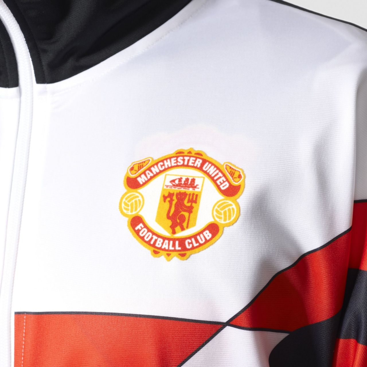 06e46271d Retro Adidas Man Utd Shirt – EDGE Engineering and Consulting Limited
