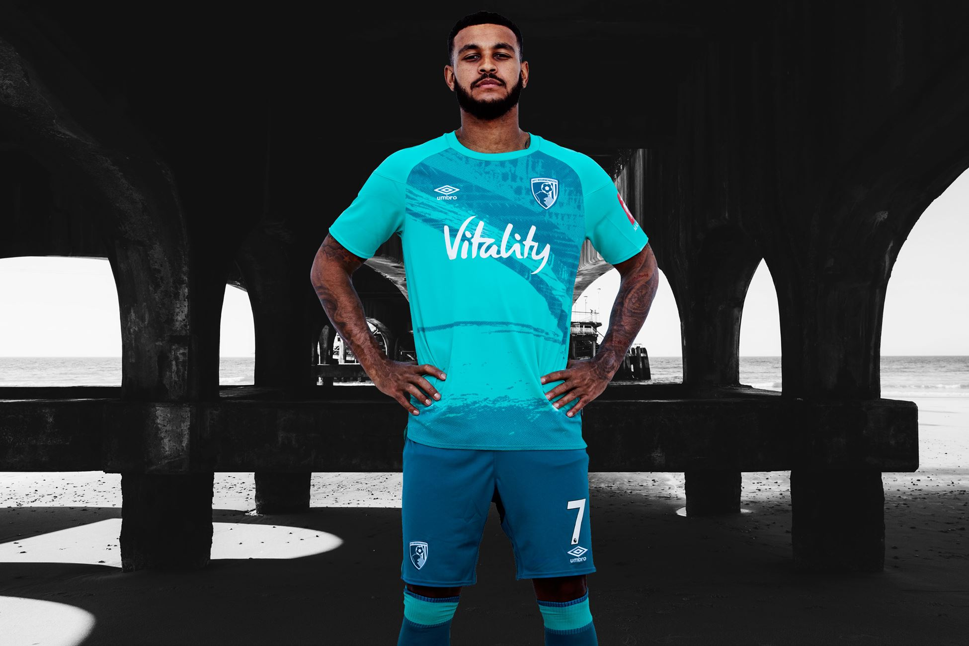http://www.footballshirtculture.com/images/stories/bournemouth-2020-2021-away-kit/afc_bournemouth_2020_2021_away_kit_b.jpg