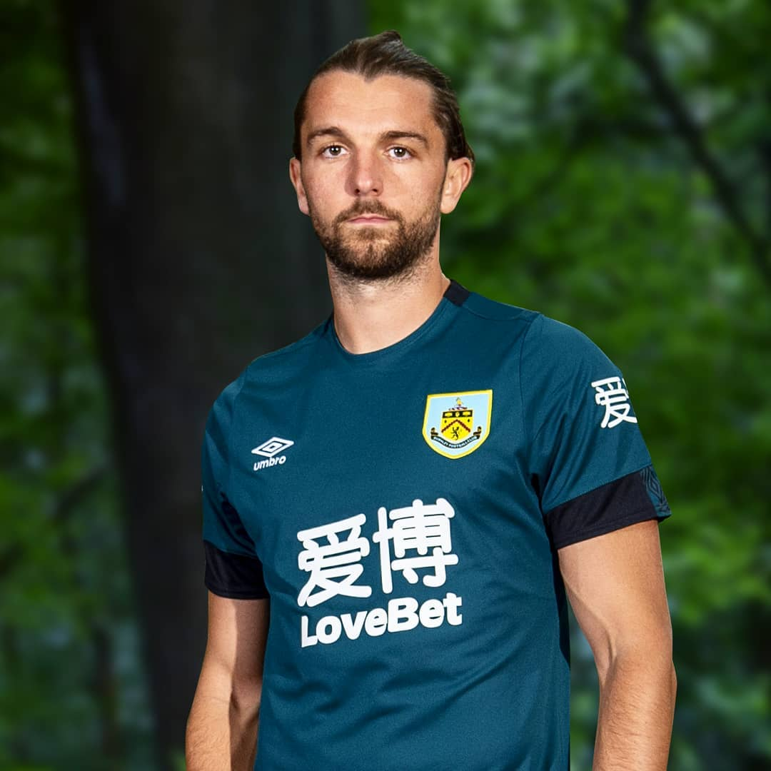 Burnley 2019-20 Umbro Third Kit | 19/20 Kits | Football ...