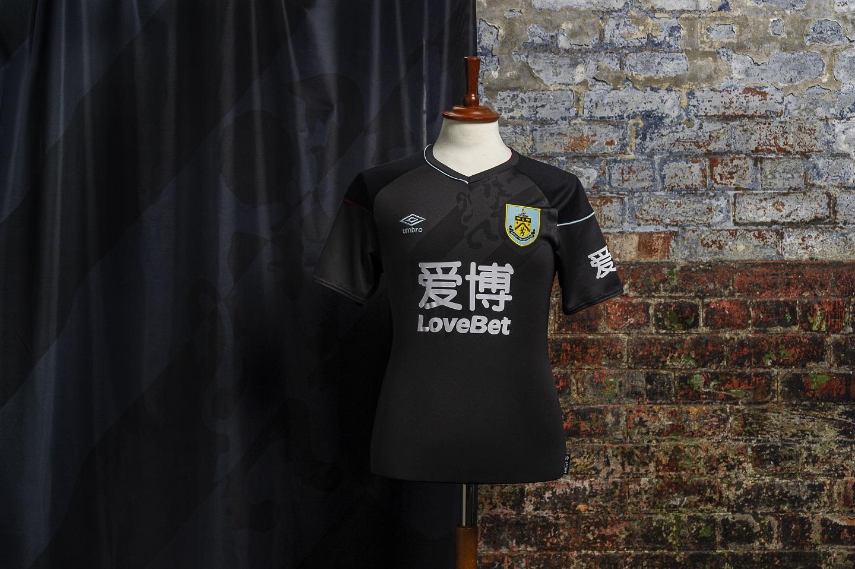 Burnley 2020-21 Umbro Away Kit   20/21 Kits   Football ...