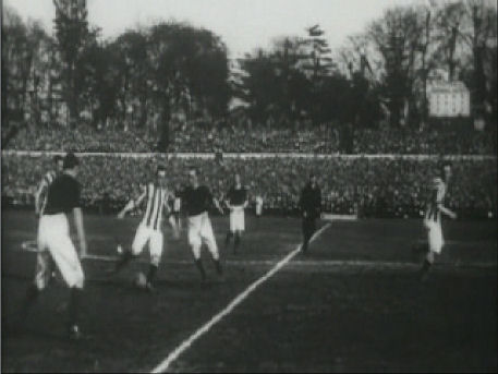 The height of their success was on April 24, 1912, when they beat West Bromwich Albion 1-0 at Bramall Lane to win the FA Cup.