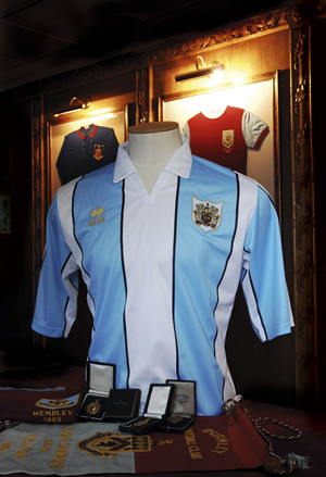 The light blue and white striped shirt, which will be worn at one home game during the 2007/08 Championship season, has been designed around the first ever colours worn by the club when it was founded.
