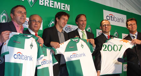Citibank will be the new top sponsors of Werder Bremen. The contract between the world's largest private bank and the Bundesliga club will run for three years with a one year extension clause included