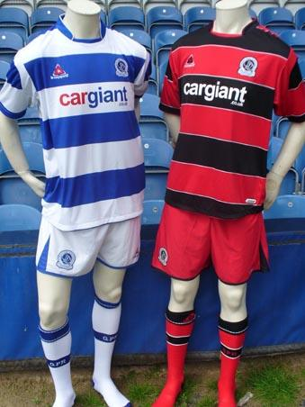 The Club are delighted to unveil our new home and away strips for the 2007/08 season. Available from July 7th, the home kit harps back to the golden era of the 1970's, with a simple hooped shirt design which carries through onto the sleeves.