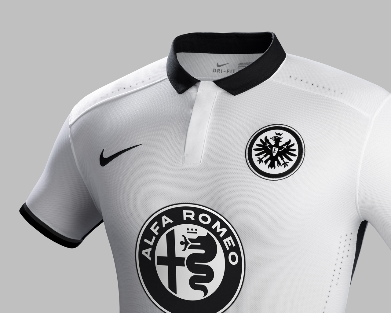 a360bb01524 Click to enlarge image eintracht-frankfurt-2015-2016-nike-away- ...
