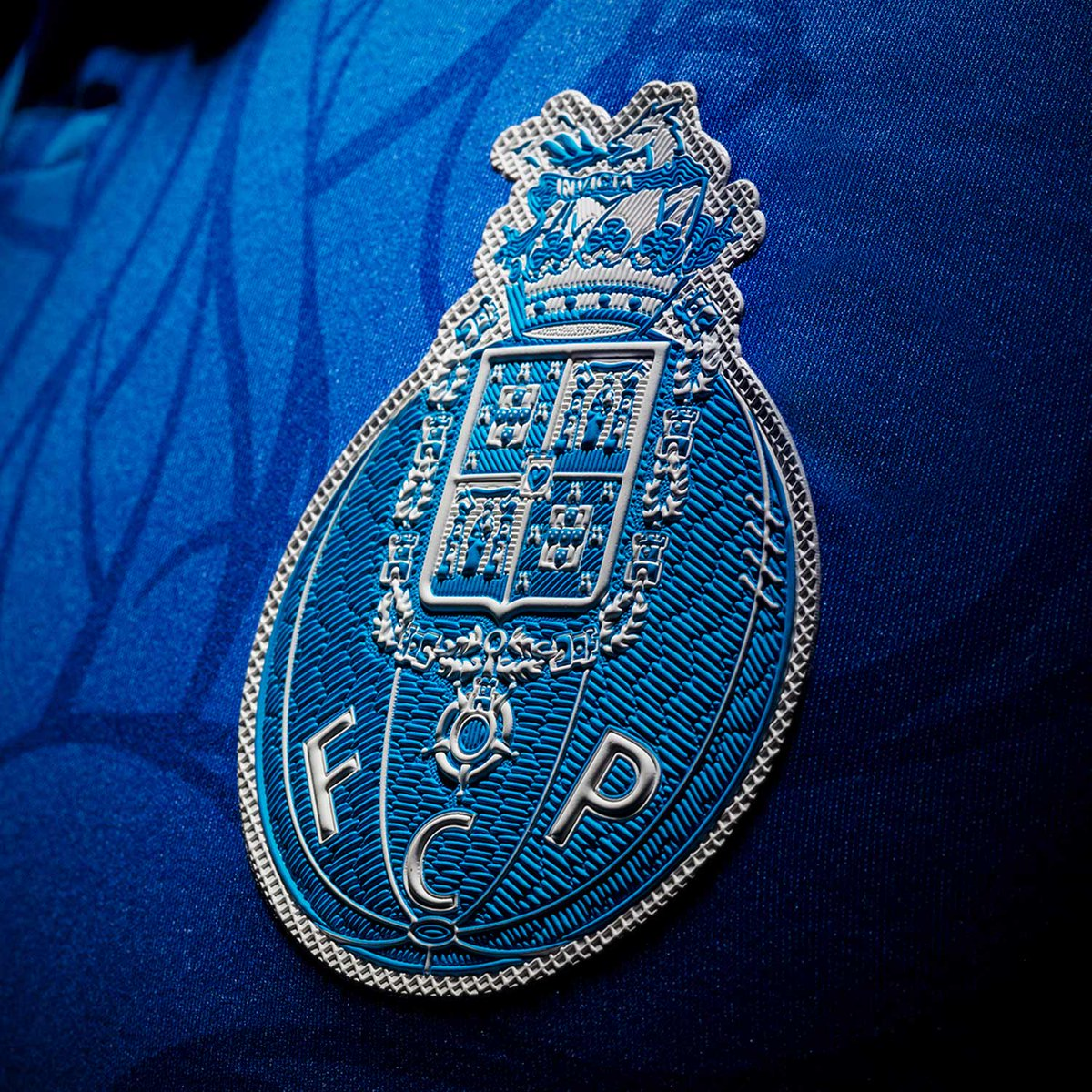 Fc Porto: FC Porto 2018-19 New Balance Third Kit