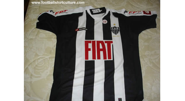 Atlético Mineiro launched their new 08/09 Centenary football shirts made by lotto