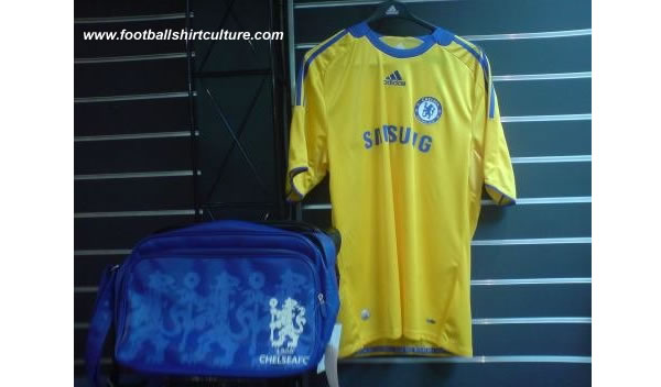 New Chelsea away Adidas shirt 08/09 season