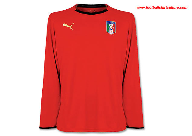 Italy home 08/09 Goalkeeper shirts by Puma