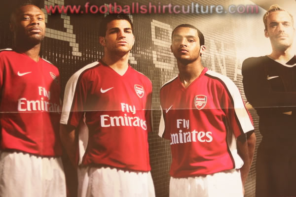 arsenal_2008_2009_home_nike_kit_leaked.jpg
