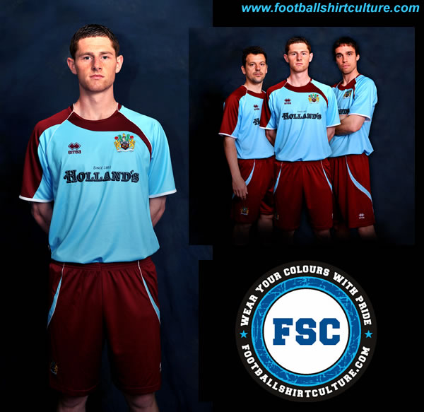 burnley_08_09_away_errea_kit_shirt.jpg