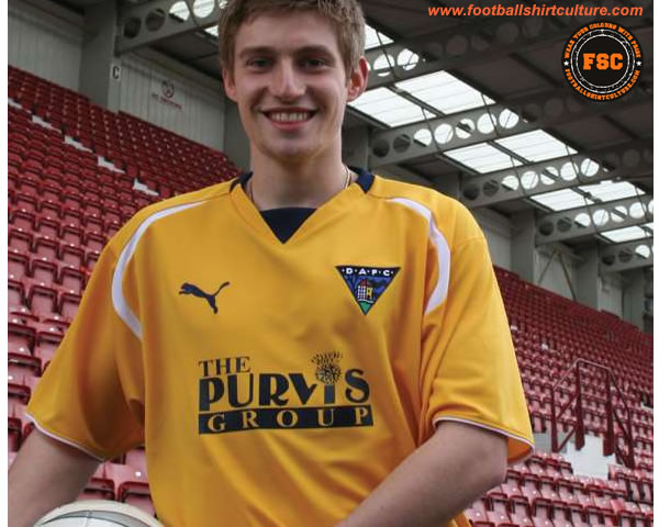 dunfermline_athletic-away-shirt-08-09-puma.jpg