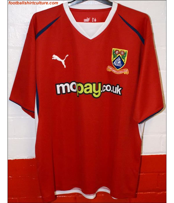 morecambe_08_09_home_puma_shirt.jpg