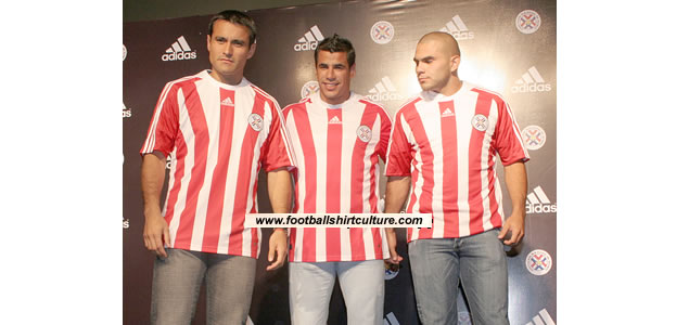 New Paraquay home 08/09 kit by adidas