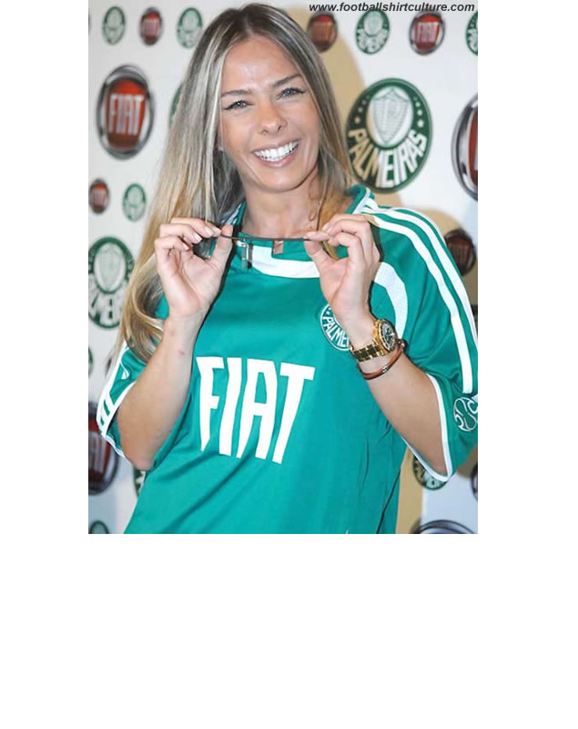 With the presence of model Adriane Galisteu, Palmeiras announced, Today, in an event carried out in São Paulo, that they will be sponsored by Fiat from the near season