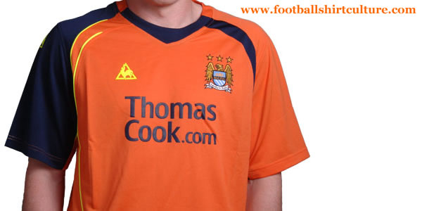 manchester_city-08-09-3rd-lcs-kit.jpg