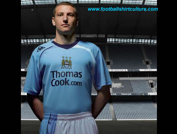 manchester_city_08_09_home_lcs_kit.jpg