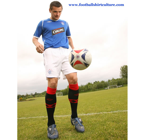 rangers_08_09_umbro_kit_2.jpg