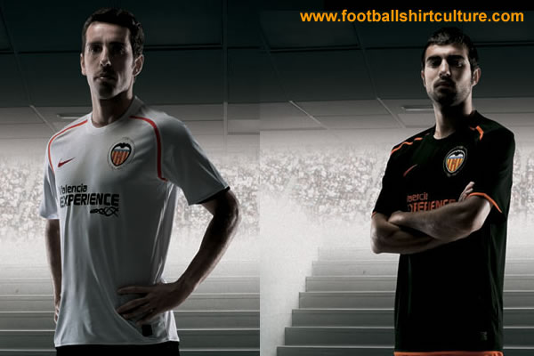 valencia_08_09_home_away_nike_kits.jpg