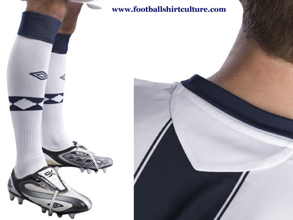 west_brom_albion_2008_09_umbro_home_kit.jpg