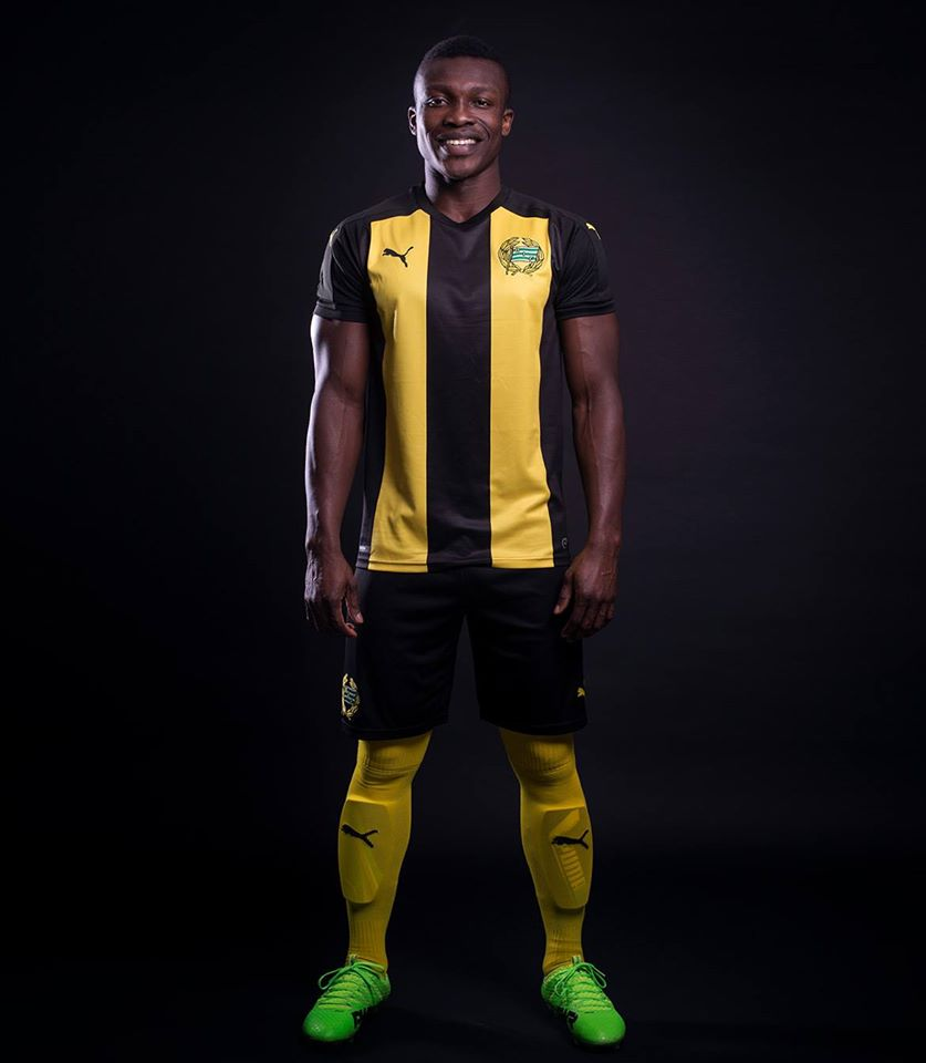 Hammarby_2017_Puma_Away_Kit_shirt_a.jpg