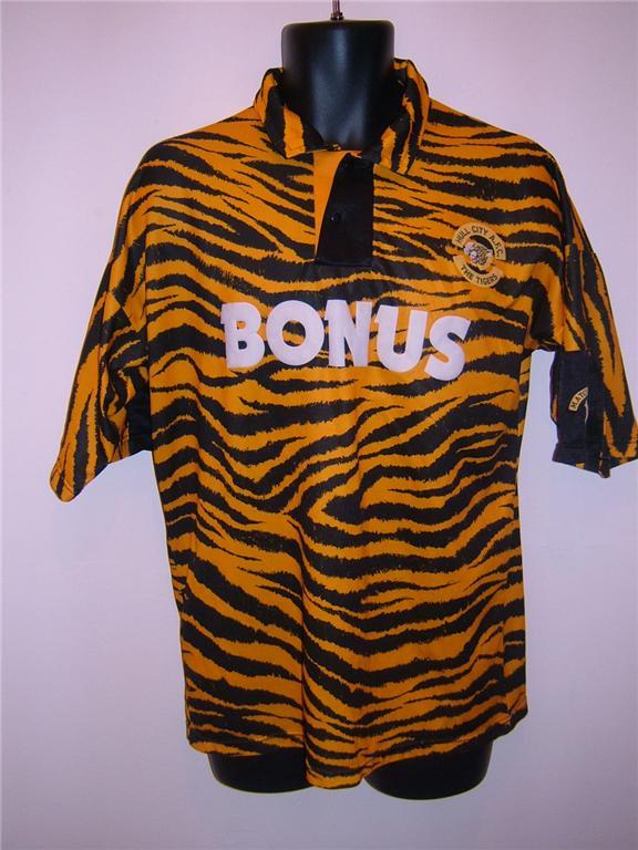 Hull City Vintage 1992 - 1994 Home football shirts  9cdbdcbaf