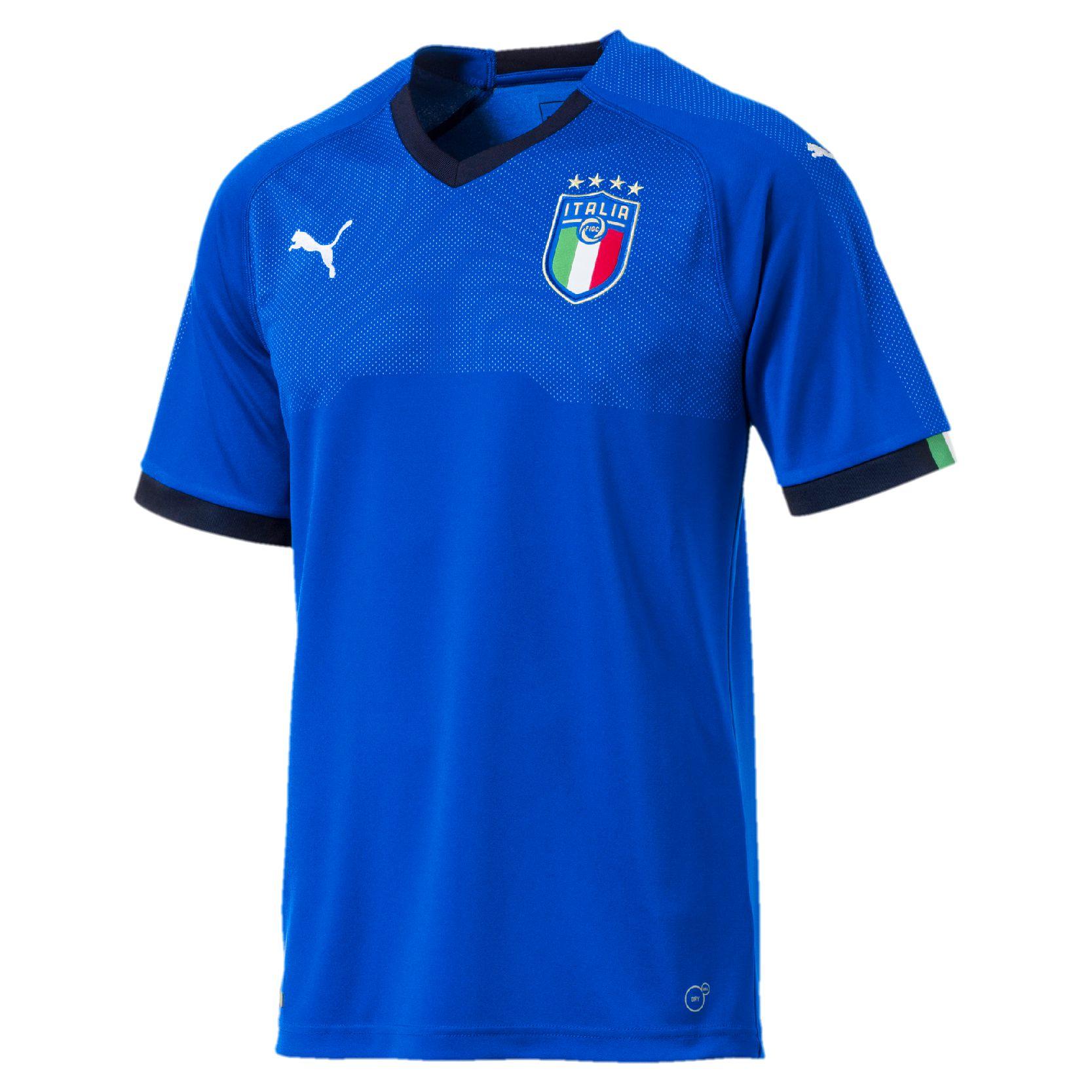b6cafa6b952 ... Italy 2018 Puma Away Kit · Click to enlarge image  italy_2018_puma_home_kit_a.jpg ...