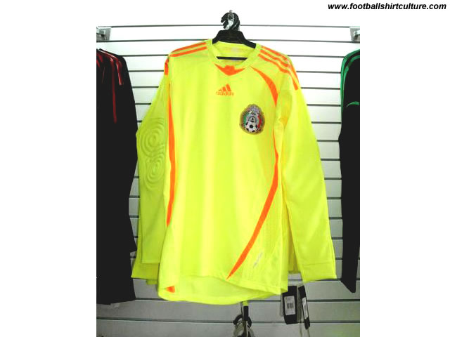 New Mexico 08/09 away Goalkeeper shirt made by Adidas
