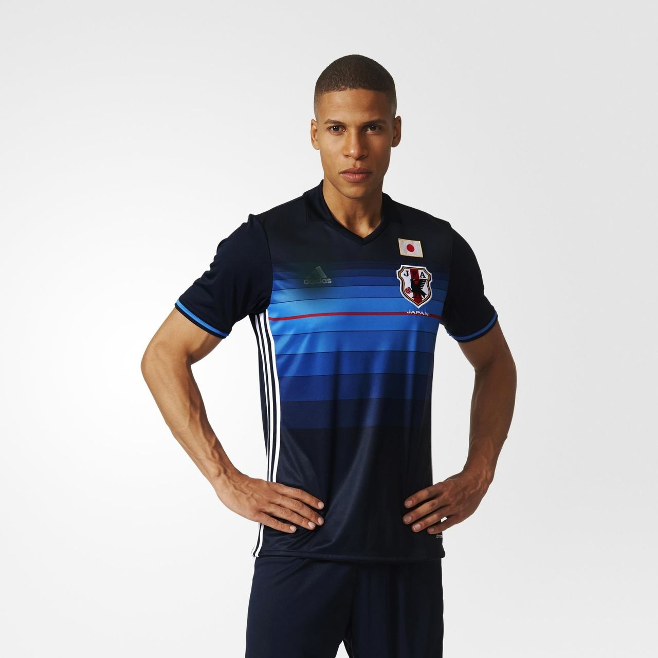 fa53418c7e384 Click to enlarge image japan-2016-adidas-home-kit-c.