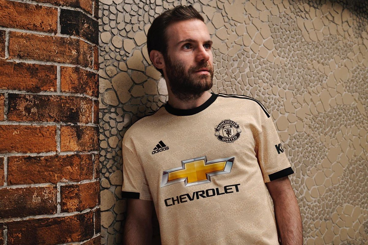 Manchester United 2019-20 Adidas Away Kit