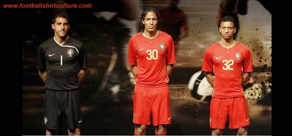Portugal's goalkeeper Ricardo Pereira, Bruno Alves and Nani show the new national football team kits during a media presentation in Lisbon March 24, 2008