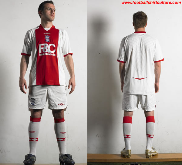 Birmingham City have unveiled their new away kit for the 2008/09 season made by Umbro
