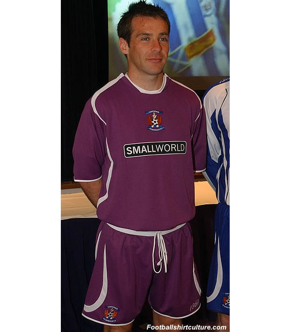 Kilmarnock fc unveiled their new away kit for the 2008/2009 season.