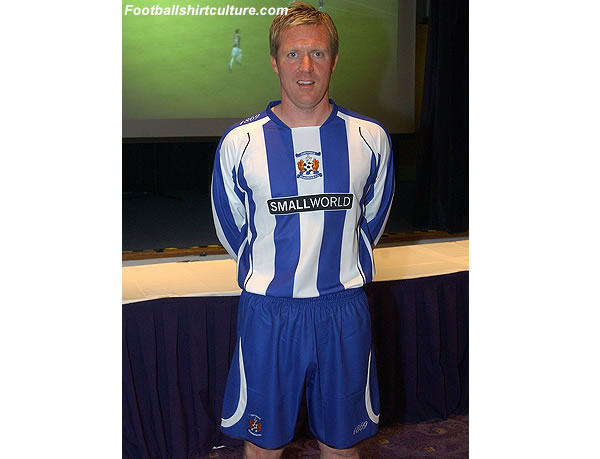 Kilmarnock fc unveiled their new home kit for the 2008/2009 season
