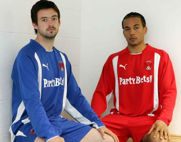Leyton Orient have unveiled their new kits for the 2008/09 season