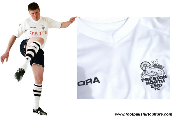 Preston North End have unveiled their new home kit for the 2008/09 season made by Diadora.