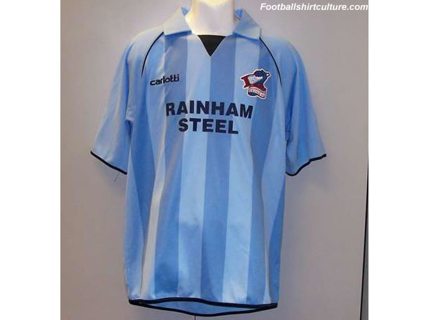 Scunthorpe united have launched a brand new 3rd shirt for the 08-09 season made by Carlotti