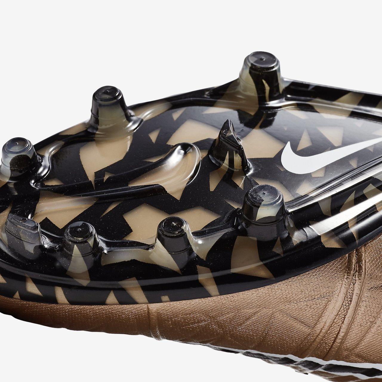 6e4c304c69df6 Nike Hypervenom Phantom II FG - Liquid Chrome Pack - Metallic Red ...